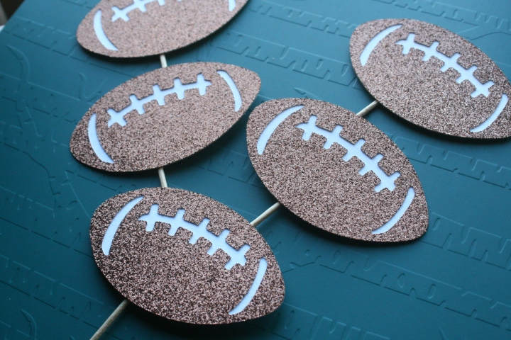 Football Cupcake Toppers for your Muffin Tops